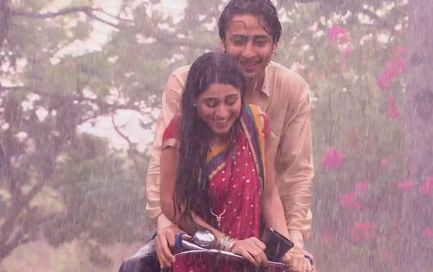 Shaheer Sheikh And Saumya Seth In Navya Rain Sequence