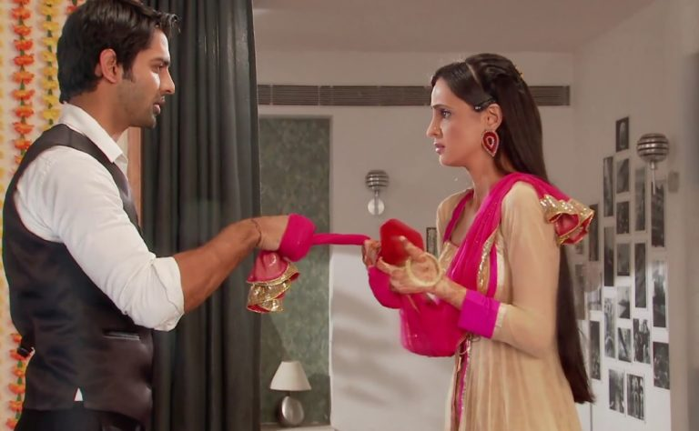 Iss Pyaar Ko Kya Naam Doon : Throwback To Arhi's One Of The FIRST Special Moments!
