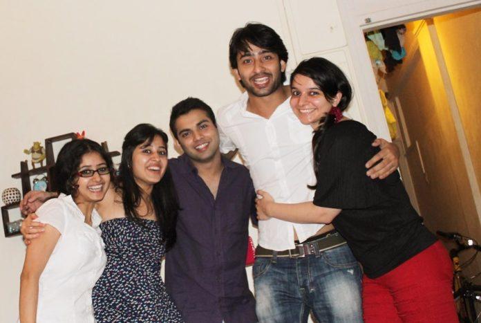 Shaheer Sheikh With Kya Mast Hai Life Team