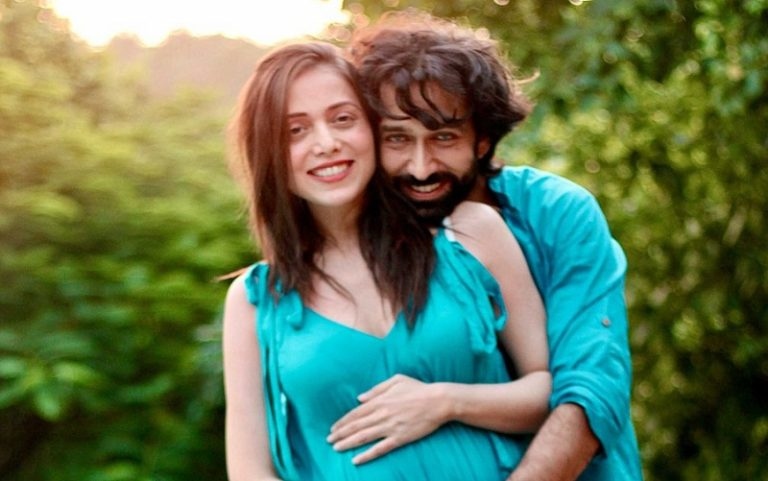 These Pictures of To Be Parents Nakuul Mehta And Jankee Parekh Mehta Are Too Adorable For Words!